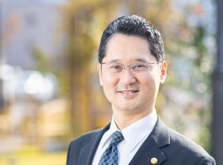 弁護士-上田史朗